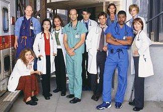 Elenco da série americana ER - Plantão Médico. Personagens se comportam como heróis