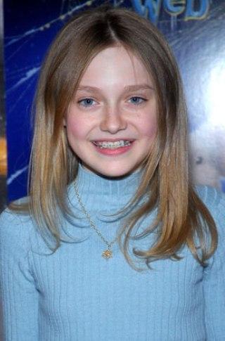 De acordo com o Internacional Movie Database, a carismática Dakota Fanning está cotada para viver Liesel Meminger na adaptação cinematográfica de A menina que roubava livros